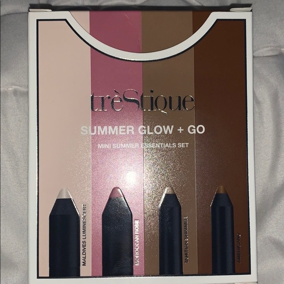treStiQue Other - tréStiQue Summer glow and go mini contour set